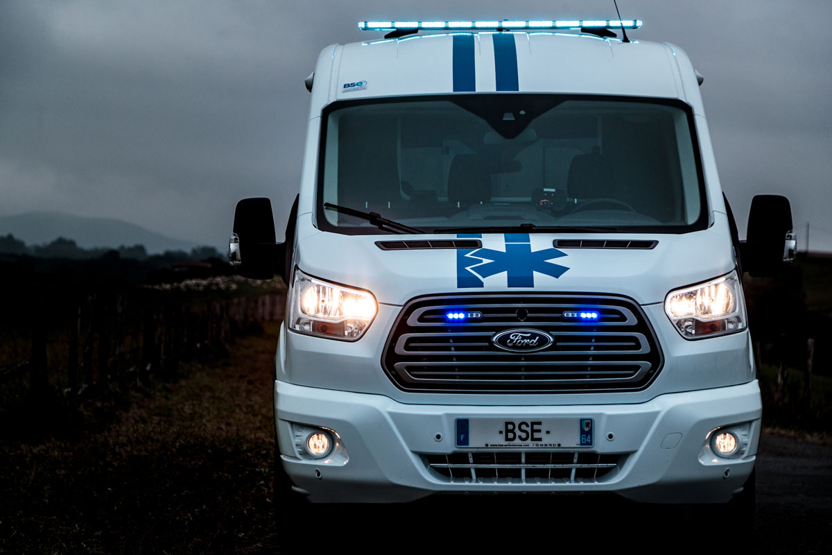 ambulance Ford
